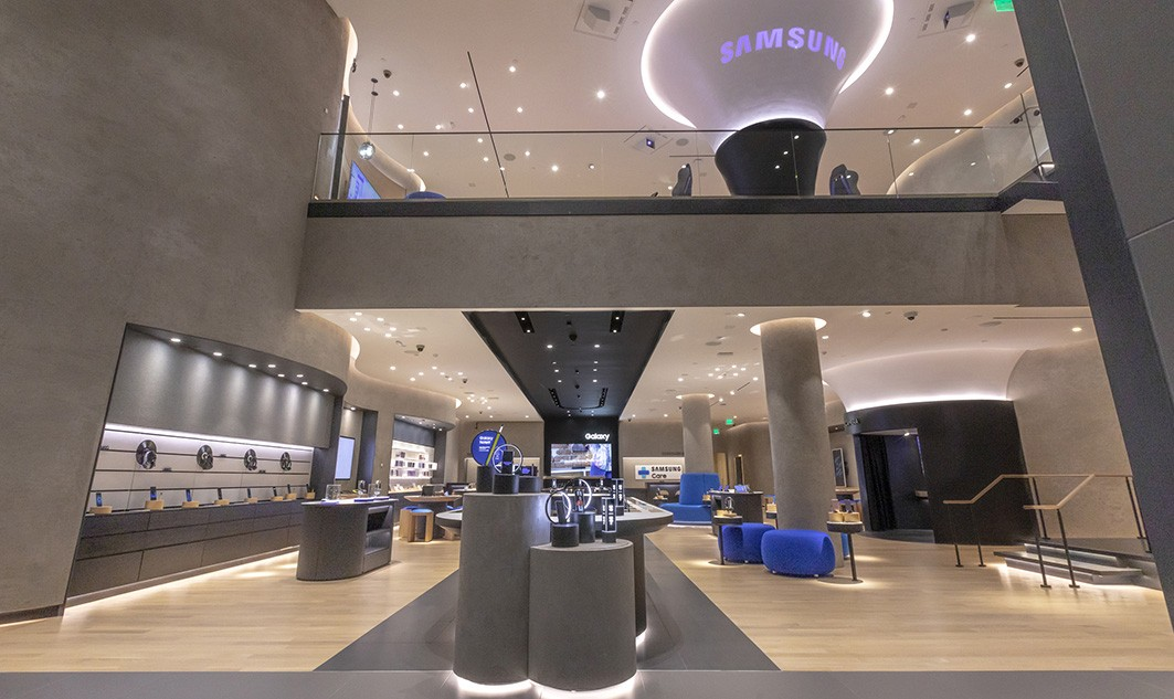 inside of Samsung retail store