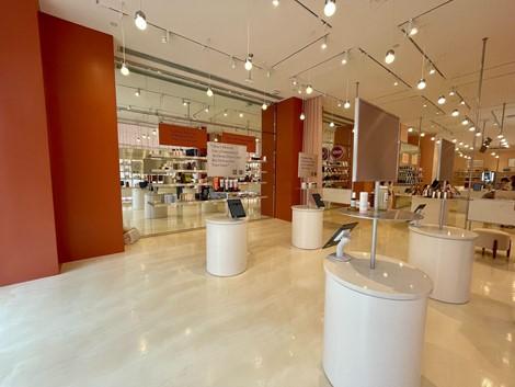 Allure's brick & mortar beauty store