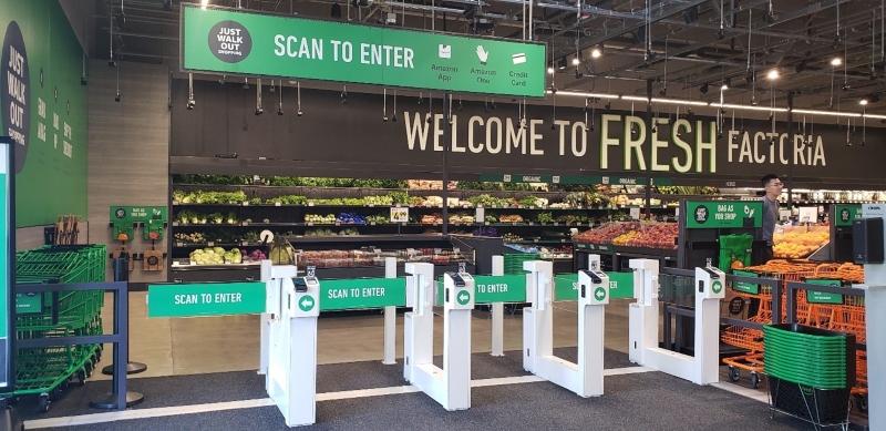 Amazon Fresh scan to enter